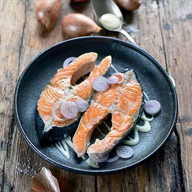 darnes-de-saumon-au-beurre-blanc-cremeux-plancha-eno